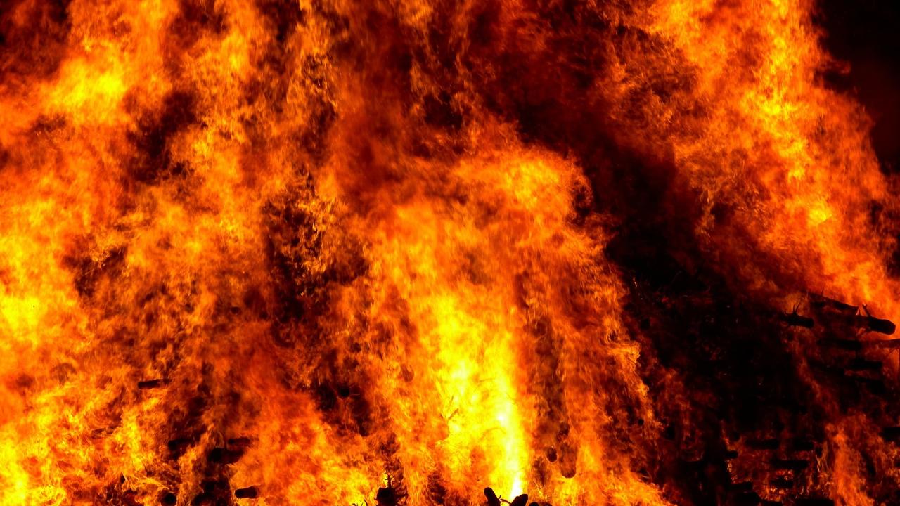 Ilustrasi neraka.