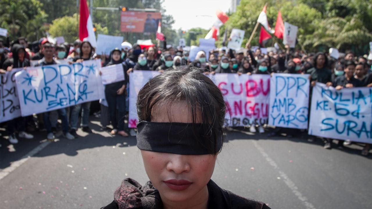 unjuk rasa tolak revisi UU KPK dan KUHP