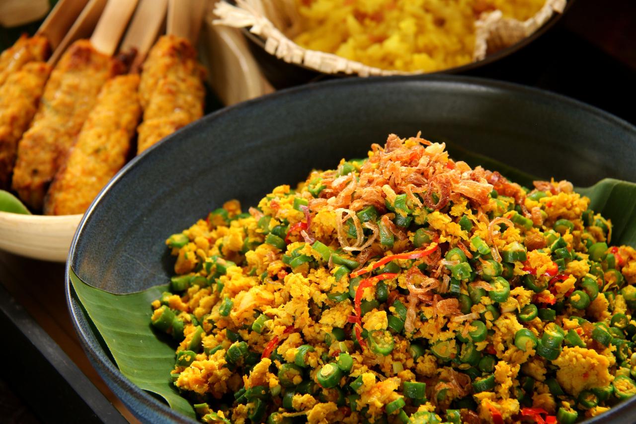 Ilustrasi hidangan Lawar, makanan khas Bali