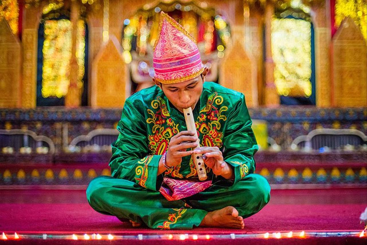Ilustarsi Pemain alat musik asal Sumbar, Saluang