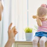 7 Ucapan Orang Tua Yang Bisa Mengganggu Psikologis Anak Kumparan Com