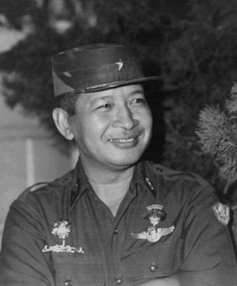 Yang Perlu Diketahui soal Raibnya Patung Soeharto-AH Nasution di Museum Kostrad (6)