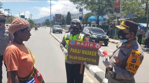 Kesadaran Warga di Wamena Minim Gunakan Masker