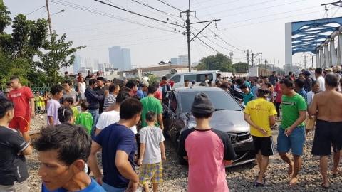 Antisipasi Mesin Mobil Mati Mendadak Ketika Lewat Rel Kereta (4)