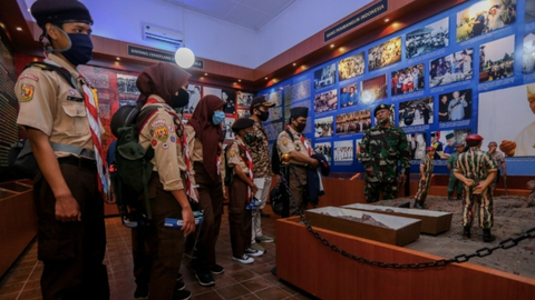 Yang Perlu Diketahui soal Raibnya Patung Soeharto-AH Nasution di Museum Kostrad (2)