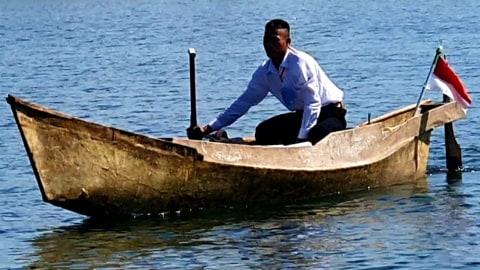 Viral Anak Nelayan di Sulsel Naik Perahu untuk Ikuti Seleksi TNI AL