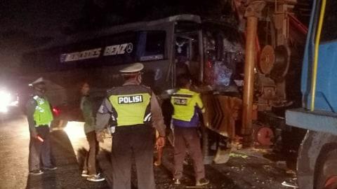 Sopir Bus yang Kabur Usai Tabrakan Maut di Sumut Serahkan Diri