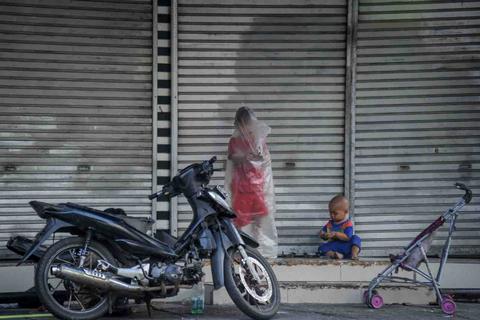 Foto: Suasana Sepi Bandung saat PPKM Diperpanjang (2)