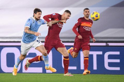 Jadwal Bola Malam Ini: Derbi London, Derbi Roma & Pembukaan Liga 2 2021 (1)