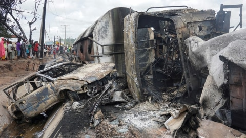 Truk BBM di Nigeria Kecelakaan dan Terbakar, 28 Orang Tewas