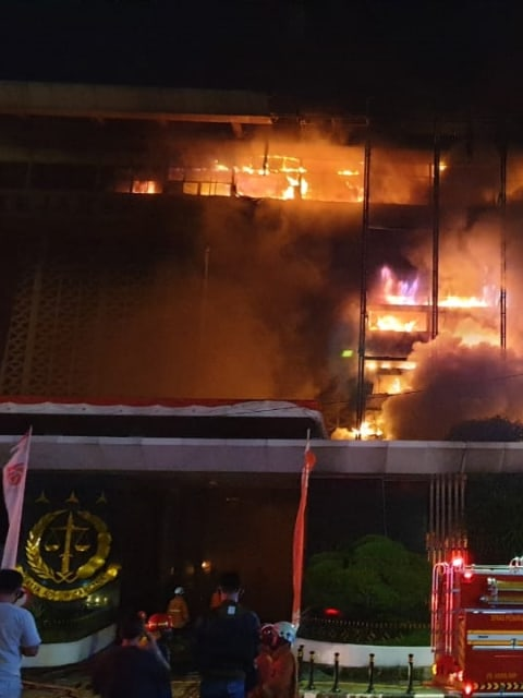 Cari Tersangka Kebakaran Kejagung, 12 dari 131 Saksi Diperiksa Lagi Senin