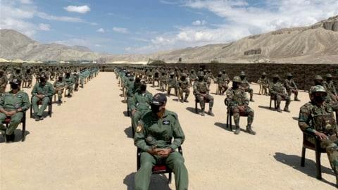China dan India Sepakat Tarik Militer dari Perbatasan Himalaya