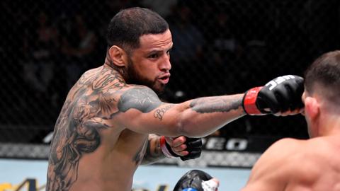 Petarung UFC Ini Klaim Tak Terkalahkan dalam 200 Duel di Penjara & Jalanan (1)