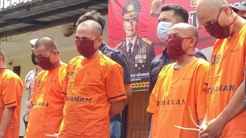 Polisi Bekuk Sindikat Pengedar Uang Palsu Pecahan Rp 100 Ribu di Cimahi -  kumparan.com