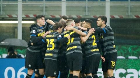 Aksi Memukau 3 Pemain Inter saat Bungkam Benevento