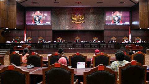 MK Tak Terima Gugatan 2 Paslon Pilgub Sumbar, Mahyeldi-Audy Tetap Menang (2)