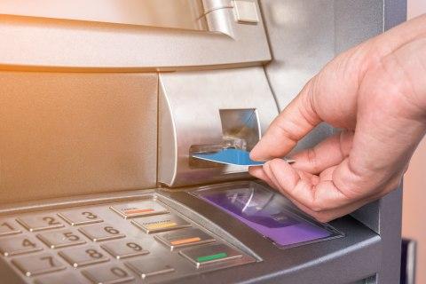 Kasus Pembobolan Rekening oleh Suami Sendiri, Haruskah Pasangan Berbagi PIN ATM?