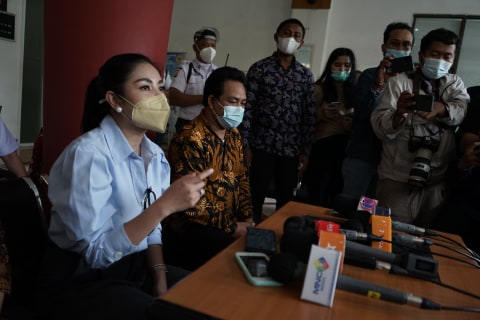 Potret Wajah Lebam Nindy Ayunda Usai Jadi Korban KDRT Suaminya (6)