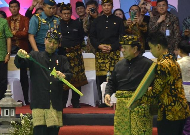 Jokowi dan Prabowo di Kejuaraan Pencak Silat Dunia