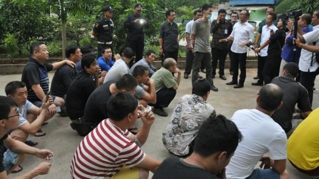 Kemnaker soal Heboh TKA China Masuk RI: Mereka Ilegal, Harus Dipulangkan (845370)