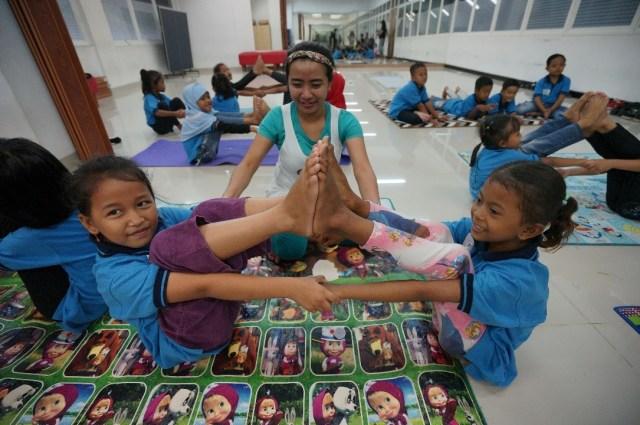 Manfaat Yoga untuk Anak (359581)