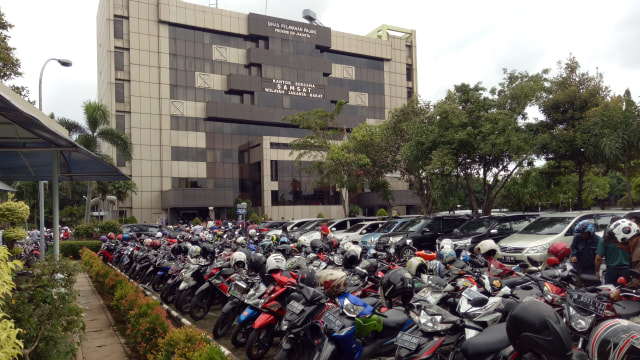 PSBB Ketat Berlaku, Pembayaran Pajak Kendaraan Dapat Dispensasi Lagi? (68112)