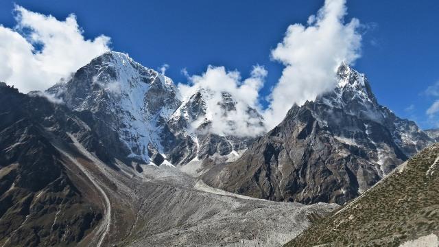 Ketika Gunung Everest Jadi Tempat Sampah Orang-Orang Kaya (340591)