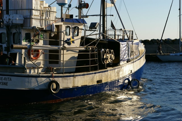 Kapal Ikan yang Bawa 5 Mayat ABK di Freezer Mau ke Dermaga Usai 2 Bulan Berlayar (77850)