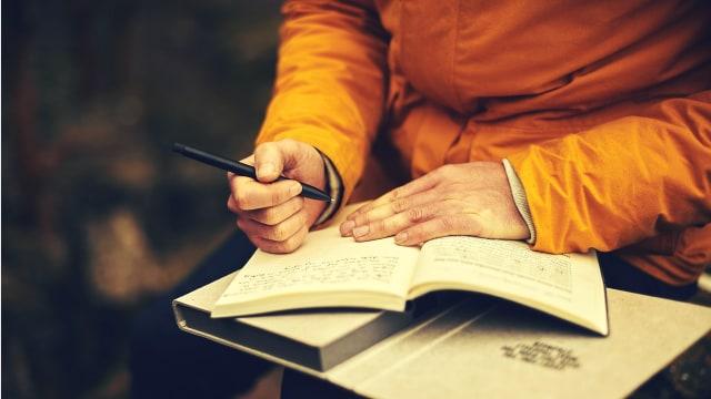 Ketahui Manfaat Menulis Jurnal untuk Redakan Stres dan Cara Tepat Melakukannya (21875)