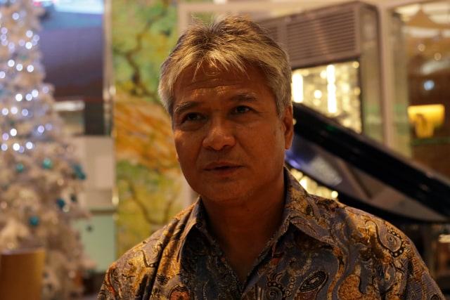 Budi Soehardi, Pilot Malaikat bagi Pengungsi Timor (301333)