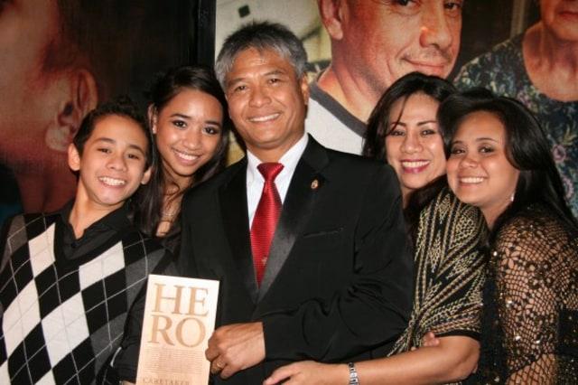 Budi Soehardi, Pilot Malaikat bagi Pengungsi Timor (301335)