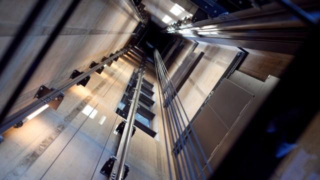 Pengalaman Seram di Lift (220801)