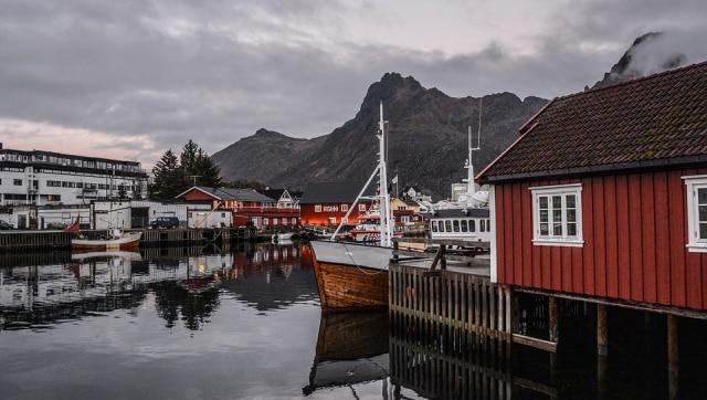 Islandia Izinkan Wisatawan Penyintas COVID-19 Berlibur Tanpa Tes (54486)