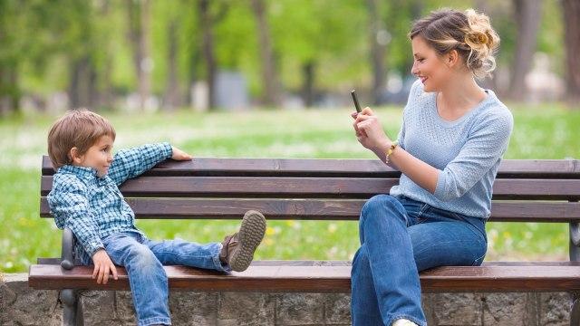 6 Dampak Media Sosial Bagi Kesehatan Mental Kita (137077)