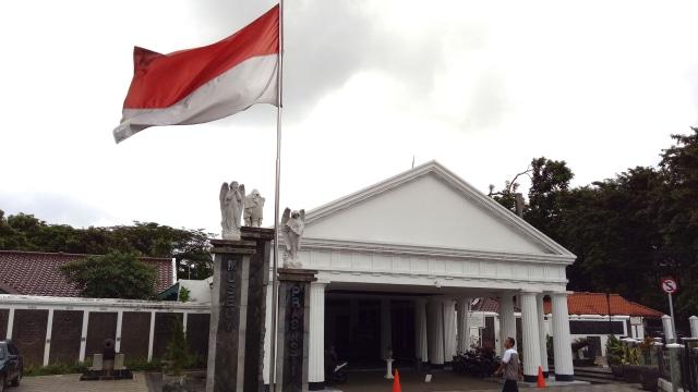 Menelusuri Jejak Freemason di Jakarta (119504)