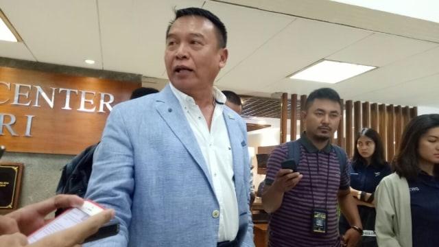 Anggota Komisi I DPR soal LGBT di TNI: Tidak Cocok dan Terlarang (107738)