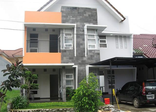 Rumah 2 lantai (bukan cover)