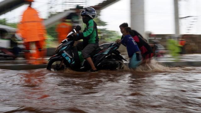 Banjir di Jalan Ciledug Raya