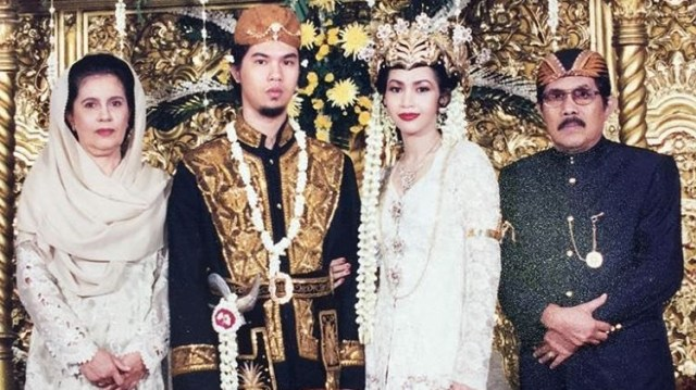 Ahmad Dhani Masih Simpan Foto Mantan Istri dan Mantan Pacar (346762)