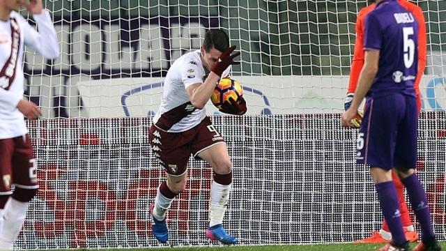 Buat Suporter Napoli: Jangan Banyak Menuntut jika Beli Jersi Palsu (313512)