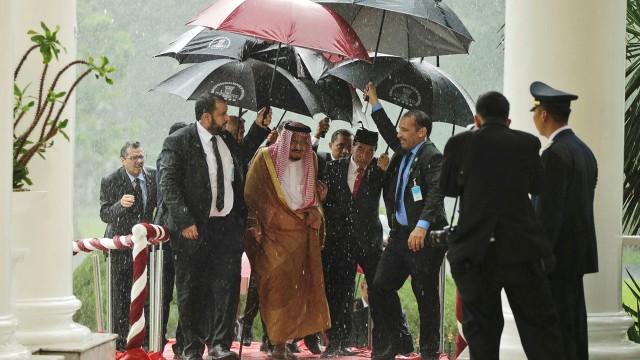Raja Salman tiba di Istana Bogor.