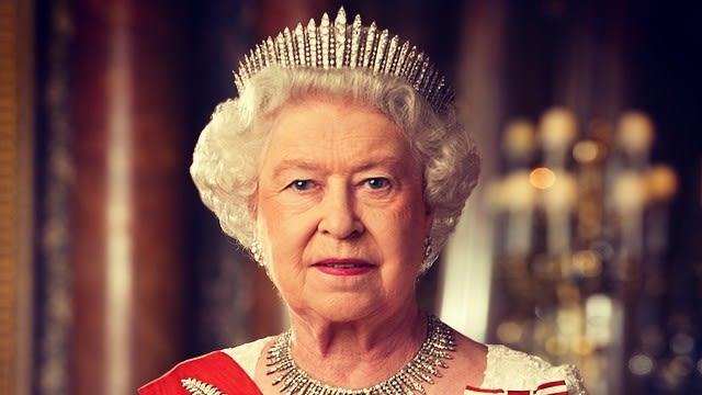 Ratu Elizabeth 2