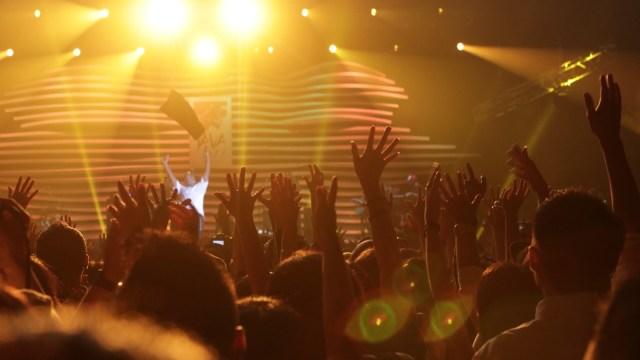 Ilustrasi Penonton Konser