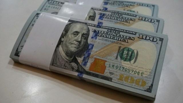 Ilustrasi Uang Dolar