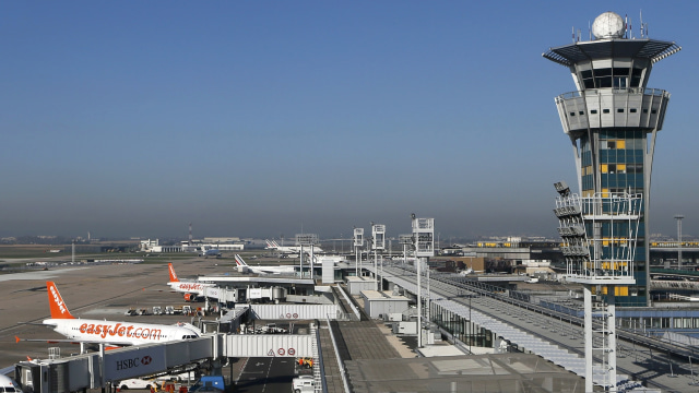 Bandara Orly, Prancis