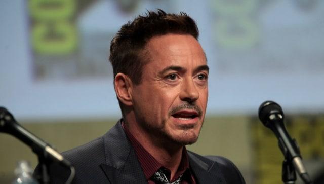 Membandingkan Dua Aktor Hot, Robert Downey Jr. dan Johnny Depp  (19462)