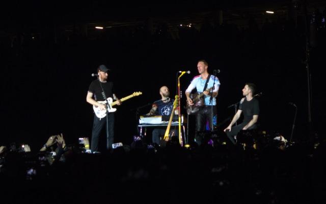Heboh Coldplay Komentar Pakai Bahasa Sunda di Kanal YouTube Putih Abu-abu (722813)