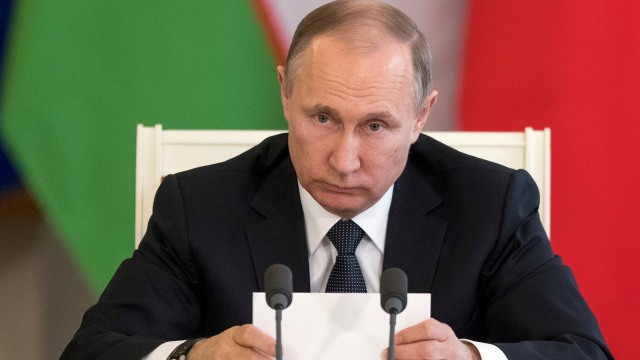 Konspirasi di Awal Takhta Vladimir Putin, Tsar Baru Rusia (180440)