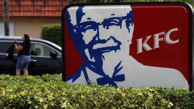 Viral di TikTok, KFC Jual Pukis Aneka Topping, Rasanya Gimana? (792933)