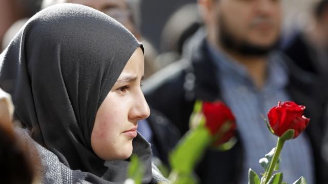 Hijab di Bandara